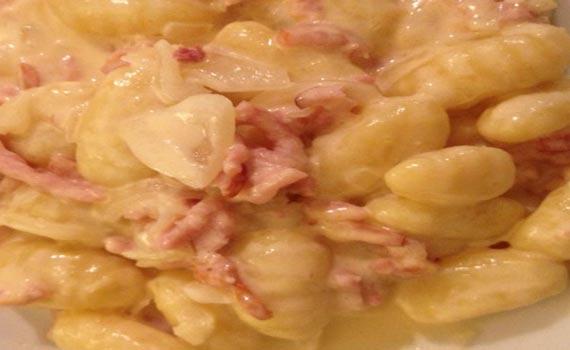 Gnocchis aux lardons avec Cookeo