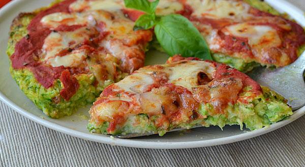 Pizza à la pâte aux courgettes Weight watchers