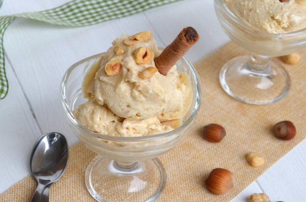 Crème glacée aux noisettes avec Thermomix