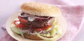 Hamburger léger à la sauce au fromage blanc
