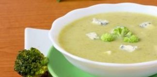 Soupe de brocoli au fromage bleu Weight Watchers