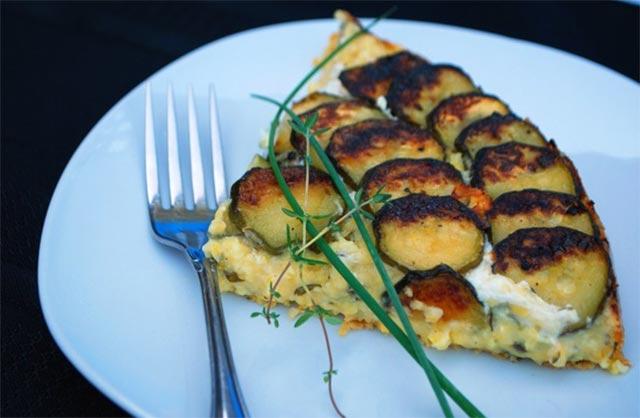 Tarte de polenta aux courgettes ww