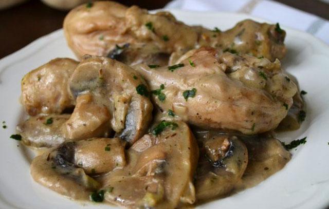cuisses de poulet à la sauce aux champignons WW