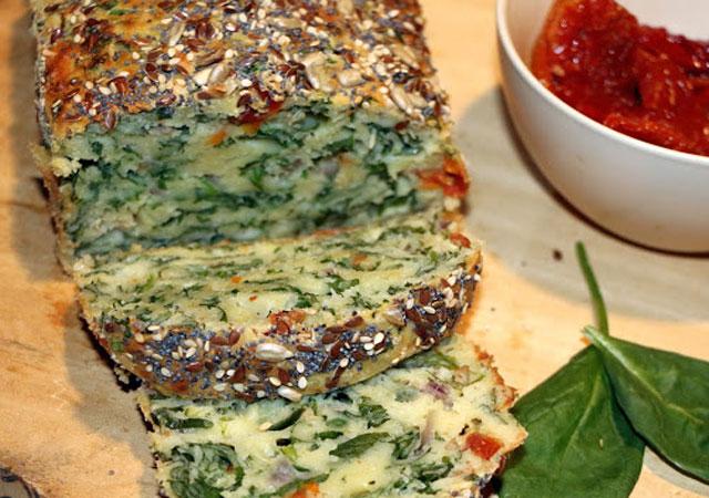 cake léger aux épinards et aux tomates séchées WW