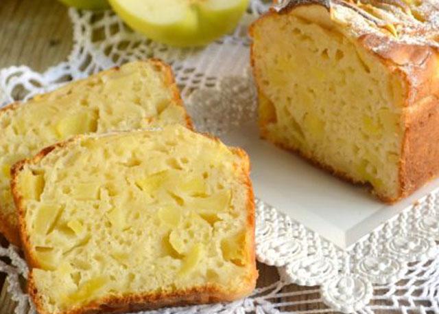 Cake léger aux pommes et au yaourt WW