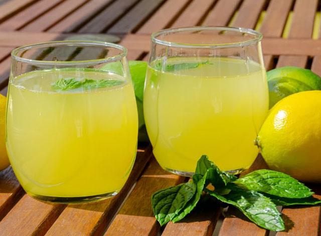 chaleur de l'été, voici la recette de la citronnade au Thermomix, une bonne citronnade rafraîchissante, facile et rapide à réaliser au thermomix