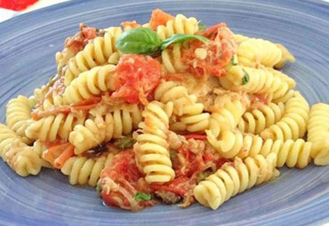 Pâtes au Thon et Tomates Cerises WW