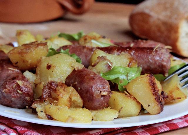 saucisse-aux-pommes-de-terre-au-four-ww/