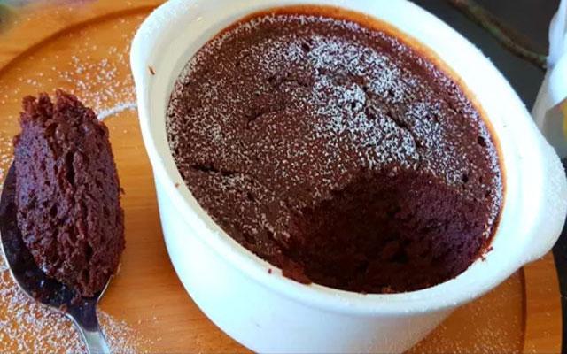 Gâteau au chocolat sans farine ni beurre ni sucre WW