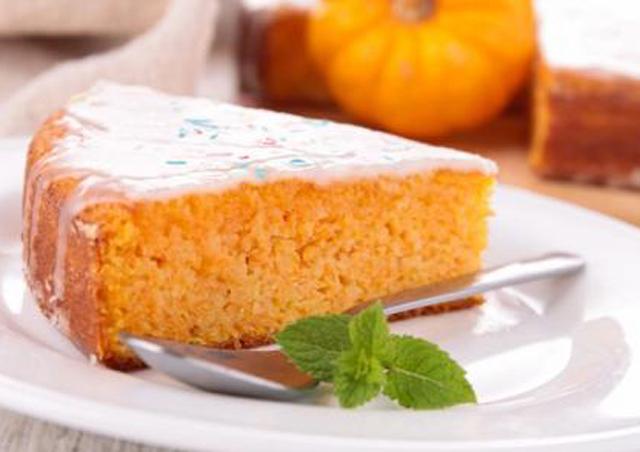 gâteau à la citrouille moelleux au Thermomix, un savoureux gâteau moelleux à base de citrouille, facile et rapide à réaliser au thermomix pour Halloween.
