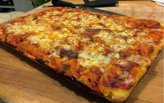 pizza à la pâte liquide et légère WW