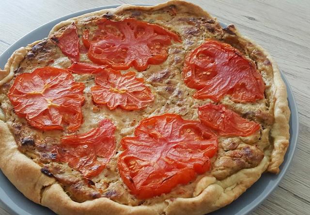 Quiche-légère-au-thon-et-tomate Quiche-Legere-Thon-tomate-wW